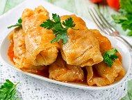 Рецепта Мързеливи постни зелеви сарми с кисело зеле, ориз, праз лук и стафиди на фурна